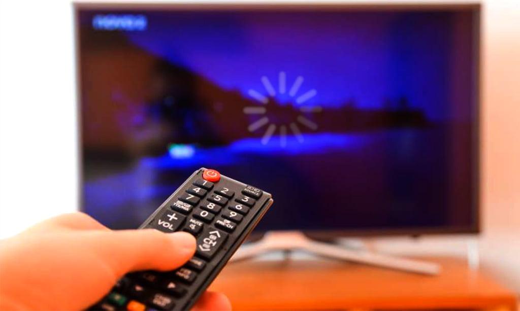 مشکل خاموش و روشن شدن تلویزیون