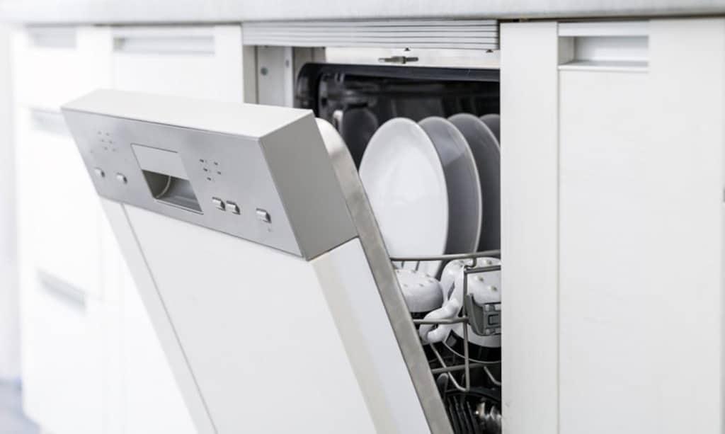 کف در ماشین ظرفشویی