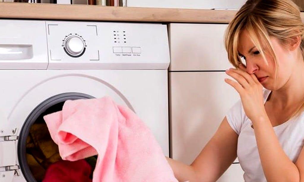 بوی فاضلاب ماشین لباسشویی