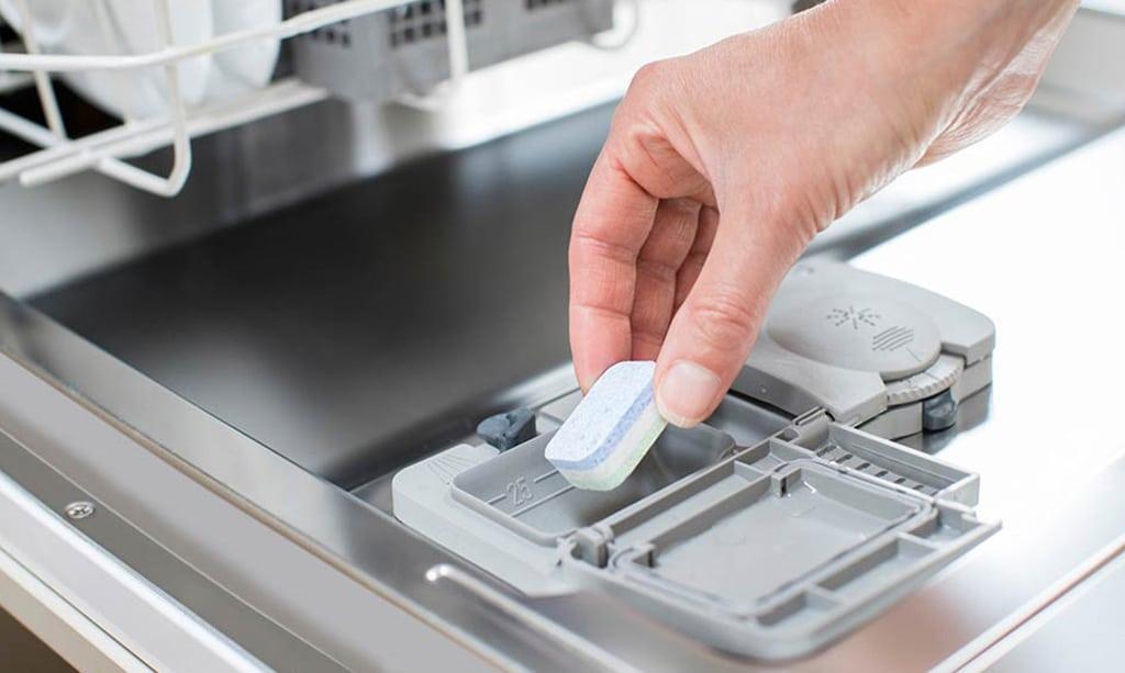نحوه ریختن پودر در ماشین ظرفشویی